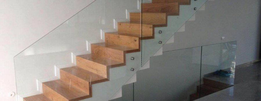 מדרגות פרקט עץ